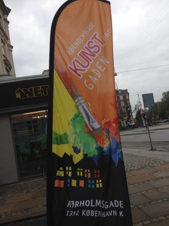 Galleri H ligger i en rigtig kunstnergade lige bag Statens Museum for kunst
