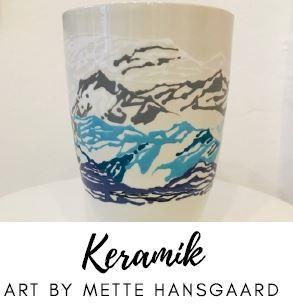 vaser i hvid keramik med mønster