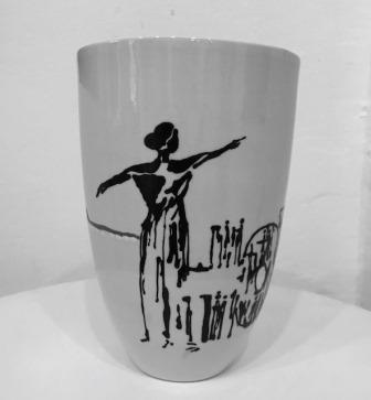 keramik vase viser hope